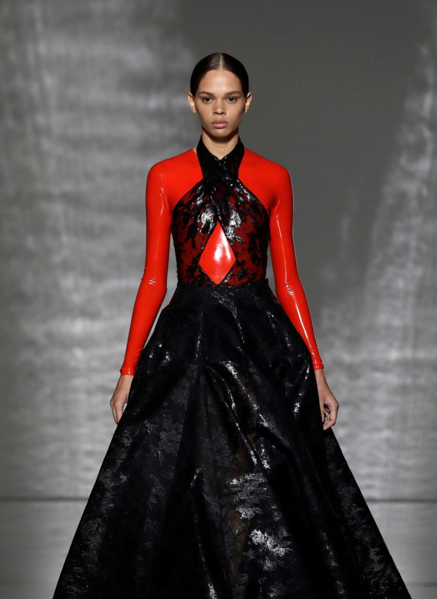 Givenchy Couture, Spring 20 – WearLatex.com